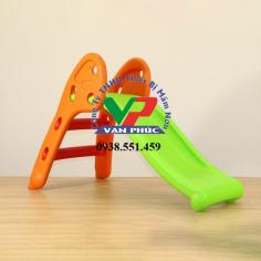 Cầu trượt nhựa mini